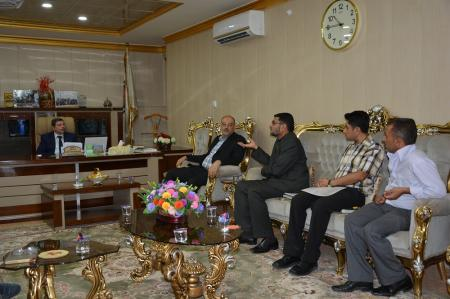 University president has met a ministerial committee for discussing the establishment of the faculty of clinical pharmacy