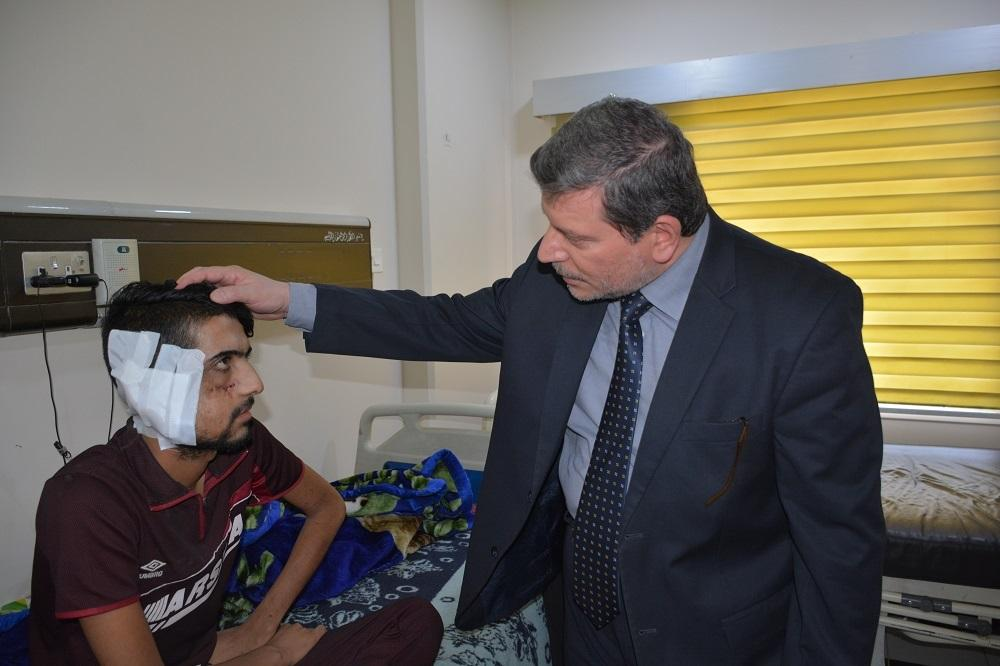 President of the university visits the injured of military forces