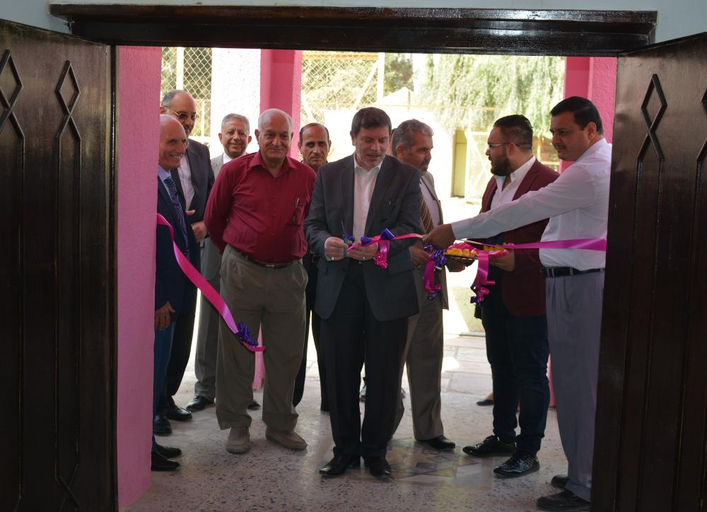 The dean of the faculty of medicine inaugurates the student club